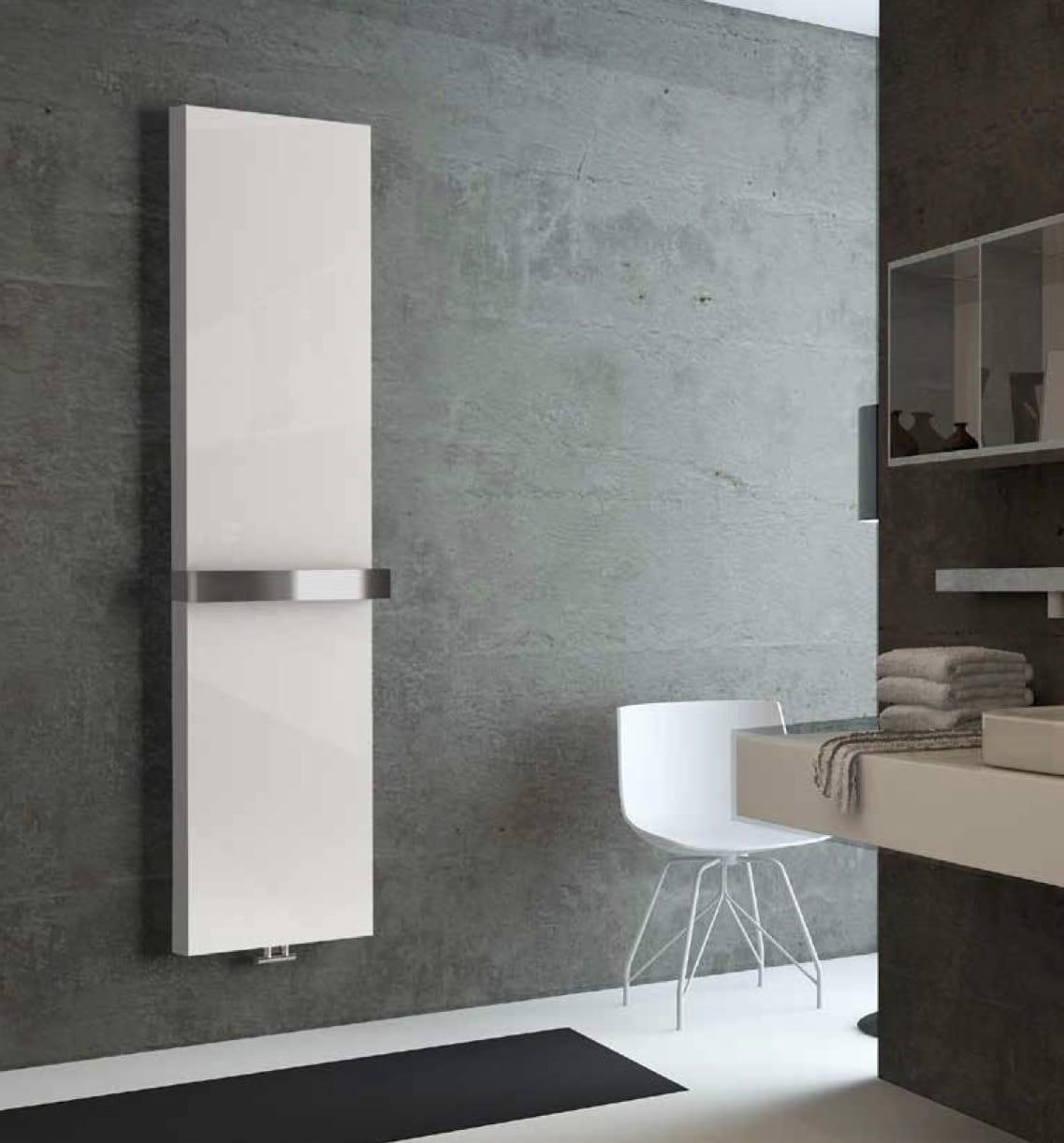 Sanotechnik - NEUSTADT - Dekoratívny kúpeľňový radiátor biely 742W 450 x 1800 mm